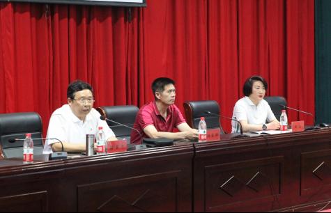 2019年河南省校园足球特色幼儿园送培到基层活动走进郑州,幼儿足球时代来临!
