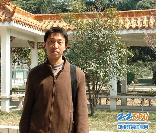 """郑州教育博客""""温暖星光""""系列访谈 李军强"""