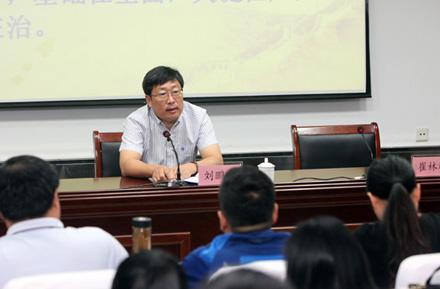 市教育局2017年第二期党员发展对象培训班开班 刘鹏利为学员讲党课