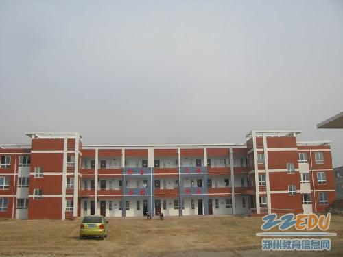 [管城]加大农村教育发展促进教育a农村投入耀汉小学图片