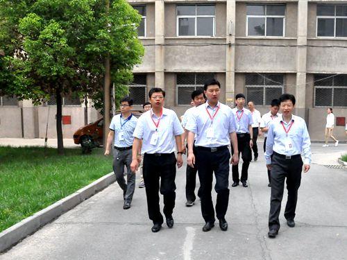 荥阳市领导巡视高考工作