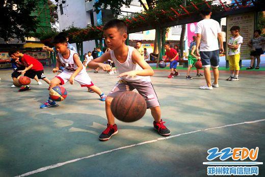 [二七] 幸福路小学篮球暑期集训走起