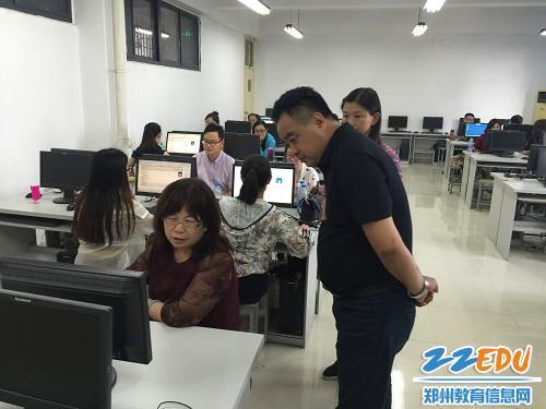 郑州高新区公开招聘中小学小学工作有序开展教师6梨园图片