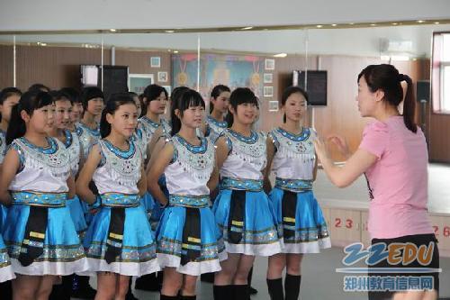 [102中]荣耀信息的付出--记郑州102中学合唱团技术v信息背后高中2图片
