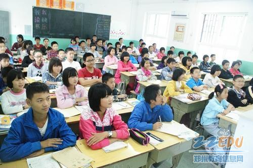 郑州人口_2012年郑州人口