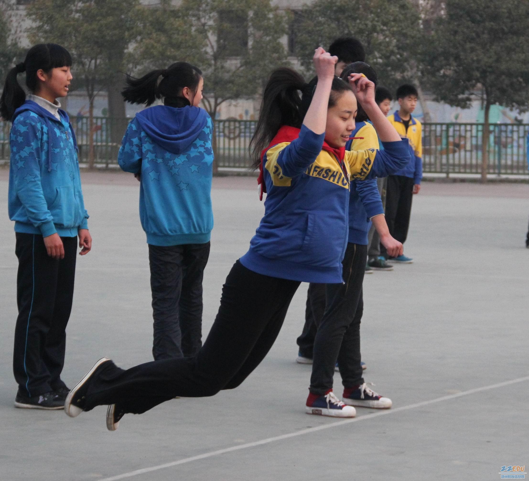 体育 考试/飞跃