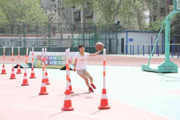 能类包括篮球运球