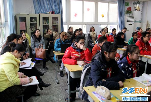 郑州49中举办郑州市英语骨干教师培训组听课