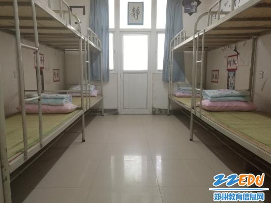 宿舍布置,简单温馨-中考在即 郑州18中考点考前准备有序进行中