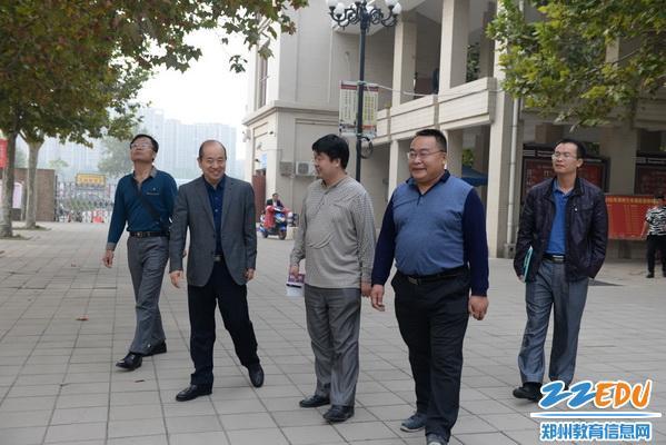 迎接海南省农垦实验中学考察团