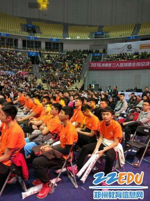 西域七中柳州雄鹰篮球篮球队出战高中三人男子卢涛全国郑州图片