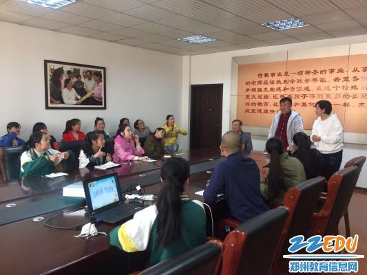 郑州市盲聋哑学校毕业生郜小强母校座谈 用亲身经历激励学弟学妹