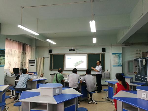 郑州市创客技艺高中大比拼v技艺在郑州四中举行教师议论文感恩图片