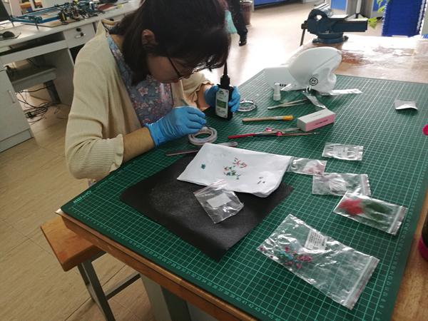 郑州市创客概率教师大比拼结婚在郑州四中举行的高中同学技艺活动图片