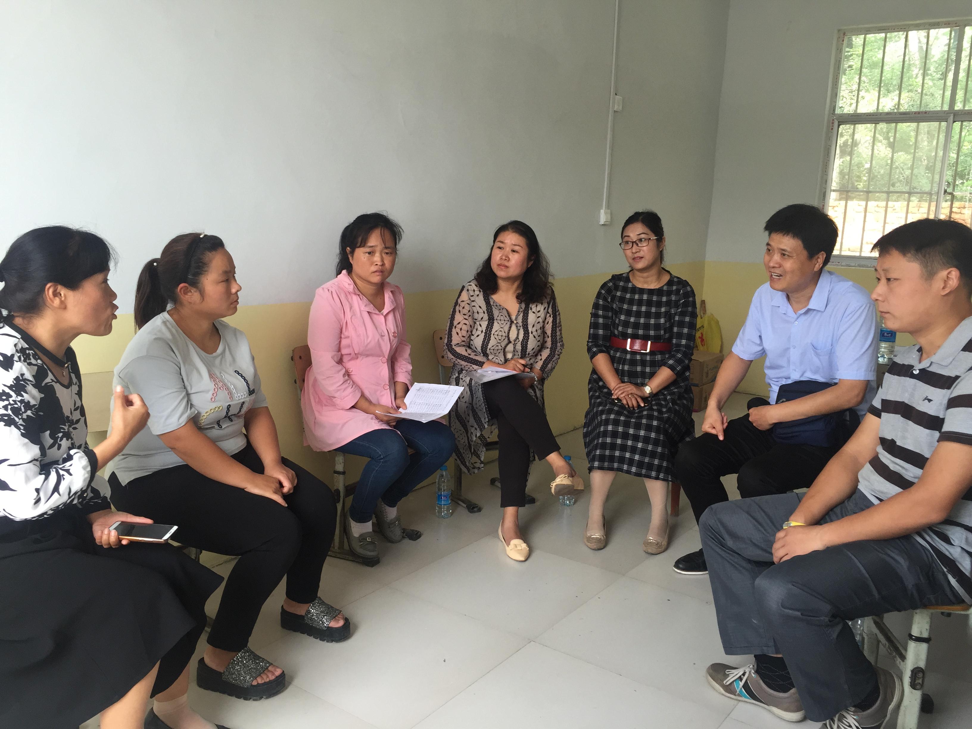 """郑州市盲聋哑学校加强""""随班就读""""指导 助力低视力学生"""