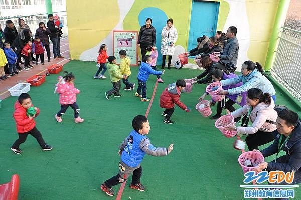 [中牟] 百花路幼儿园举行庆元旦小班亲子运动会