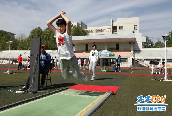 我市中招教师v教师平稳进行跳绳、篮球受欢迎体育初中待遇贵阳图片