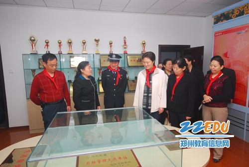 郑州市盲聋哑学校举行第十九次全国助残日庆祝活动