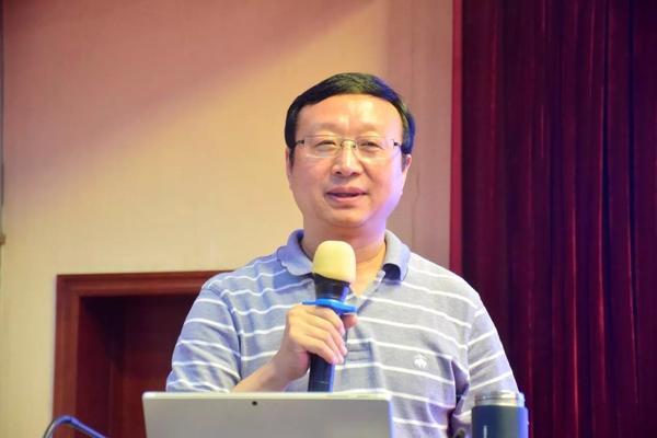 郑州47中校长叶小耀分享教育智慧