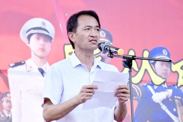 党委书记王玉增致开营辞