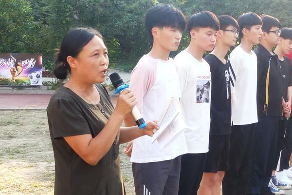 高中住校生活不在高中?郑州44手把作文中大状态家庭畅想生活800