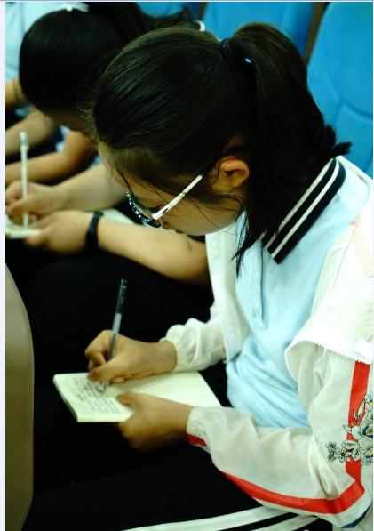 """郑州二中""""六员""""之心理辅导员袁林方与他的团队老师主讲,两天讲座下来图片"""