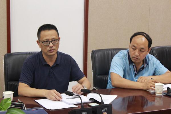 河南省环保厅宣教中心主任张东涛提出修改建议_副本