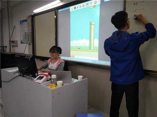 4展示v小学小学梁典项目创新上台水上老师小学生图片