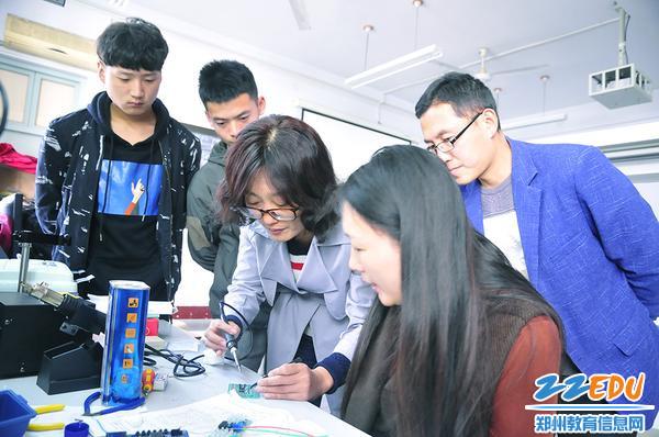 电子组装项目训练