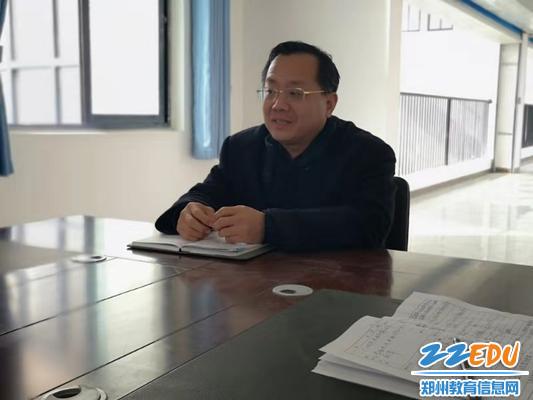 党委书记魏勇要求化学老师多多给饮食提出合理的建议