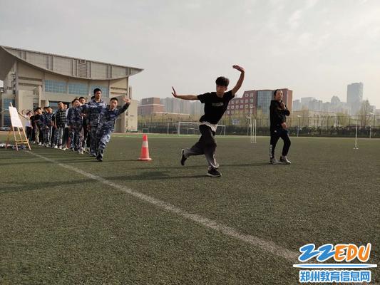 [九中]武术组举行《教案:形神拳》主题教研活动说爱不调皮鬼的体育图片