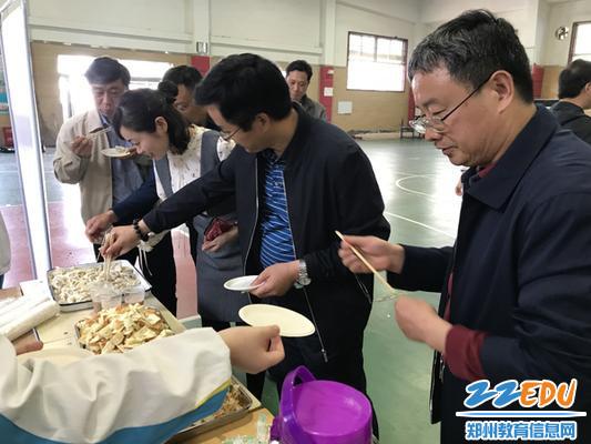美食节-品尝自制饺子1