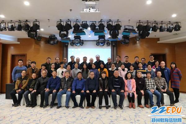 郑州市第二十四中学——张汉亮,参与青蓝工程,培养青年教师