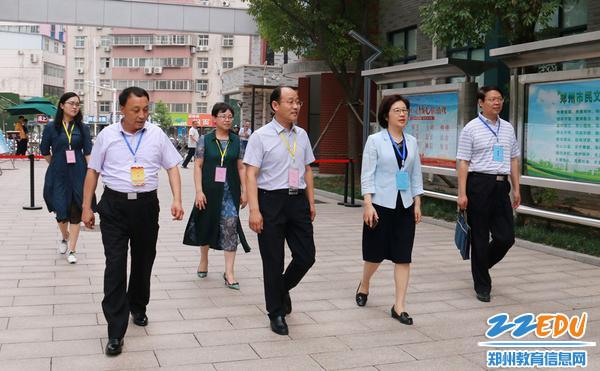 省教育厅副厅长毛杰一行巡视郑州12中考点