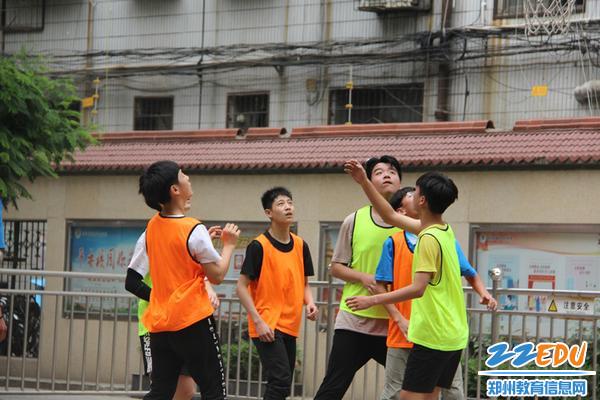 篮球社比赛_副本