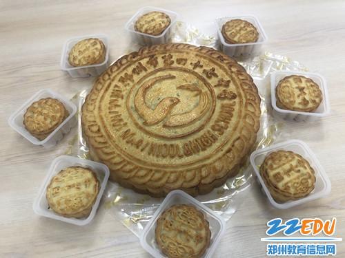 47中牌月饼