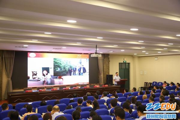 7总务处教师代表讲述了为学校师生服务中的温暖与感动