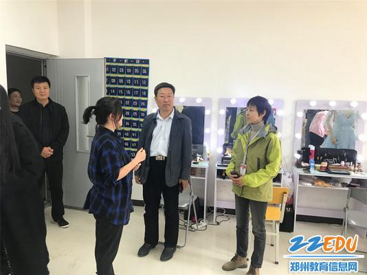 形象设计专业首席教师孙海露介绍专业发展