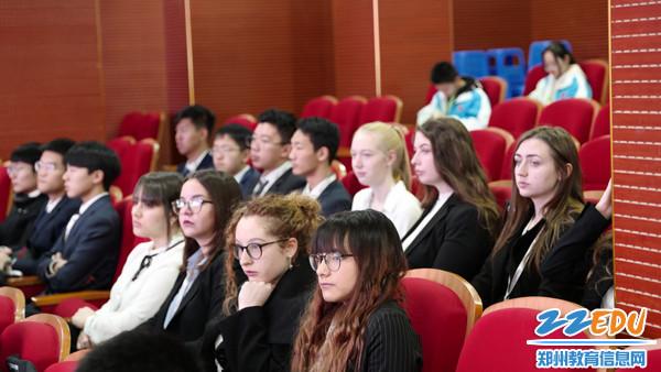 郑州四中国际生参赛1