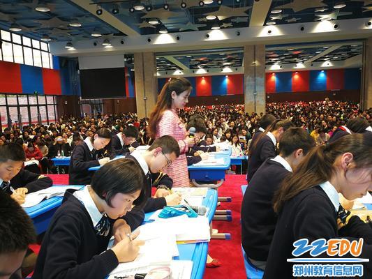 郑州八中苏孝琴老师授课中