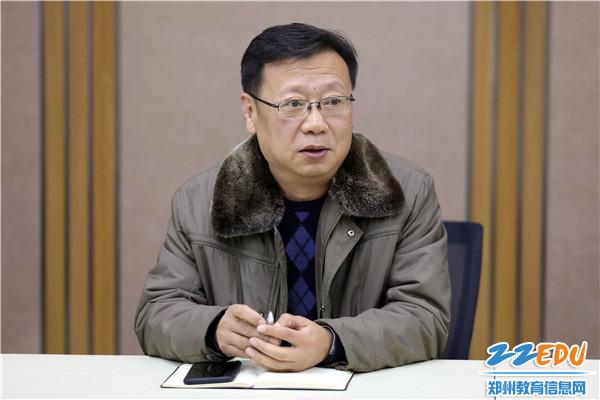 正校级干部刘明臣勉励竞赛教练