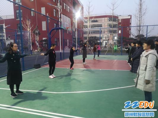跳绳比赛1