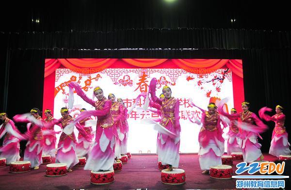 学生舞蹈《相和歌》