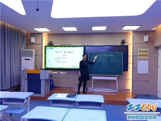 24组织名教师录制微型课视频提供优质教育资源