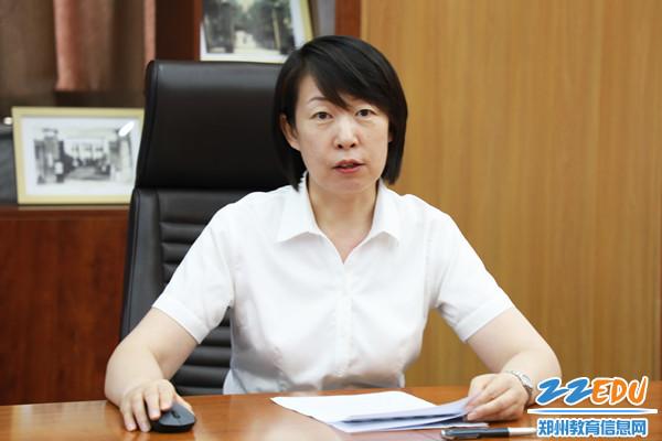 2张磊副校长总结学校宣传工作