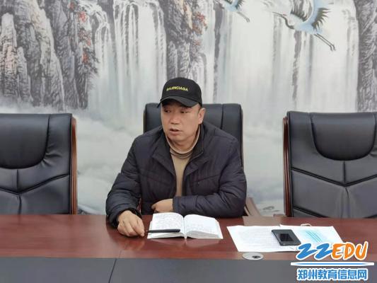 3陶庆新副校长指导体艺工作