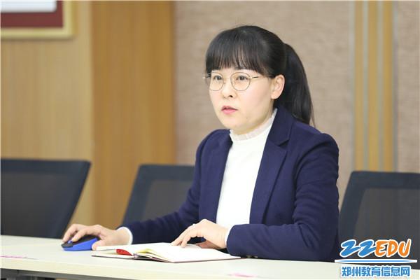 4教科室副主任姜春春进行工作安排