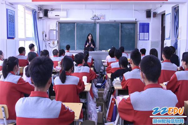 4深入每一个毕业班,助力毕业生拔节成长