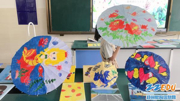 """3""""炫彩童画""""工巧之作——油纸伞"""