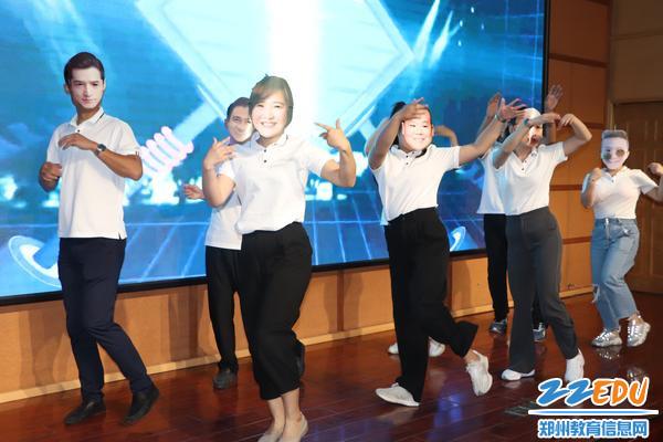 3集体舞蹈节目精彩瞬间